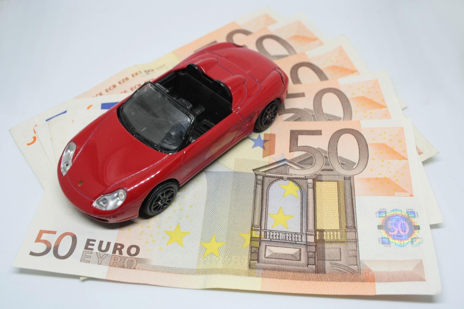 Kfz Versicherung 05/2020 ⧨ Vergleichen und bis zu 989 Euro sparen