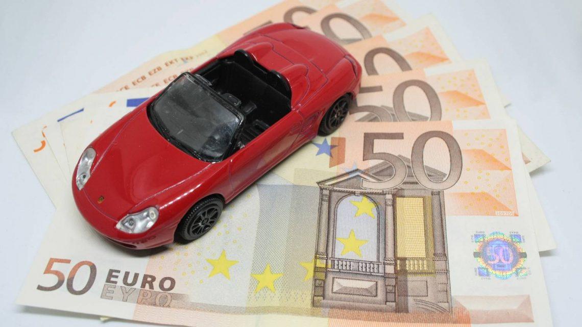 Kfz-Versicherung 2020 ⧨ Vergleichen und bis zu 995 Euro sparen